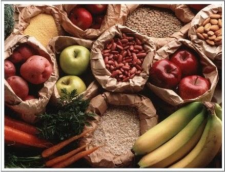 Frutas, grãos e cereais são indicados para manter a beleza da pele em dia