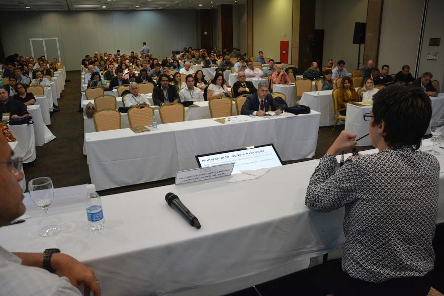 CRF/MG contribui com debate sobre fiscalização no CFF