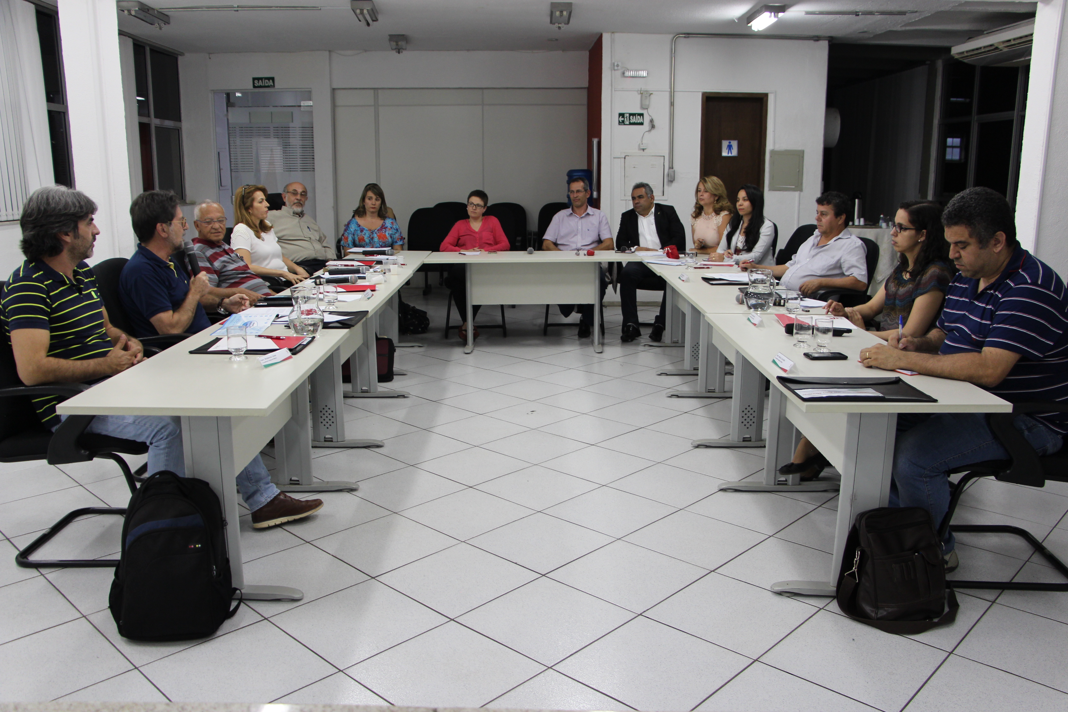 Segmento das Análises Clínicas é tema de debate na Plenária do CRF/MG