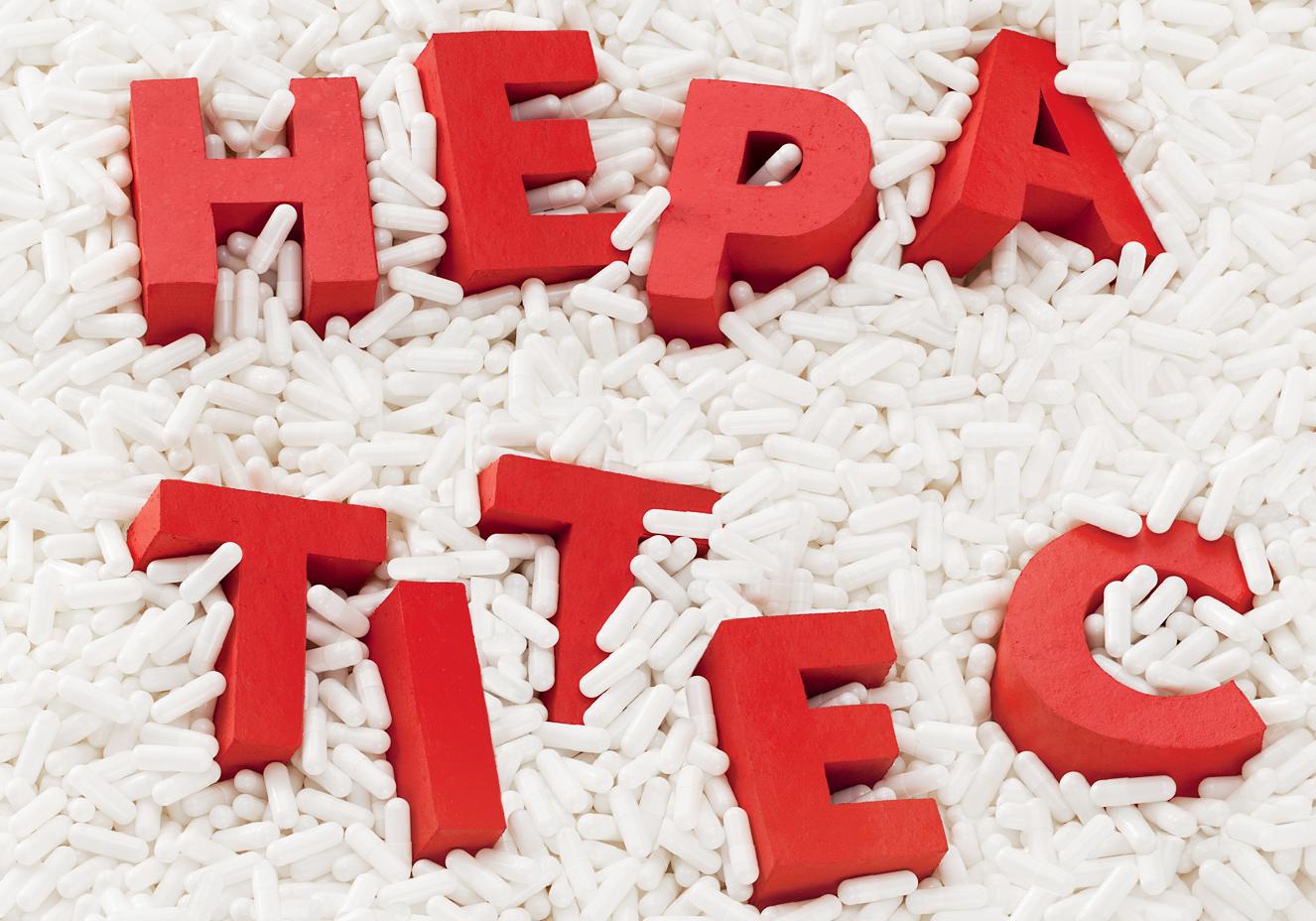 Sob queixas, Ministério anuncia meta de eliminar hepatite C até 2030